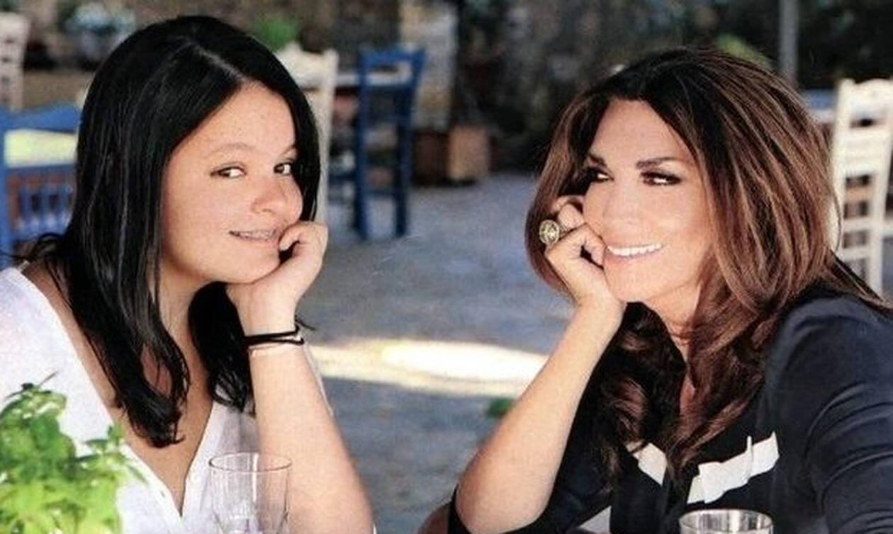 Οι 6 διάσημες Ελληνίδες που προχώρησαν στην ύψιστη πράξη της υιοθεσίας