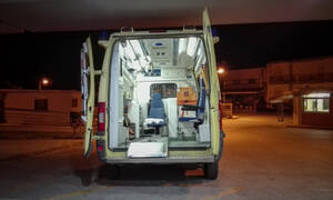 Εικόνες ΣΟΚ στο Μεσολόγγι: Λεωφορείο παρέσυρε γυναίκα με ποδήλατο