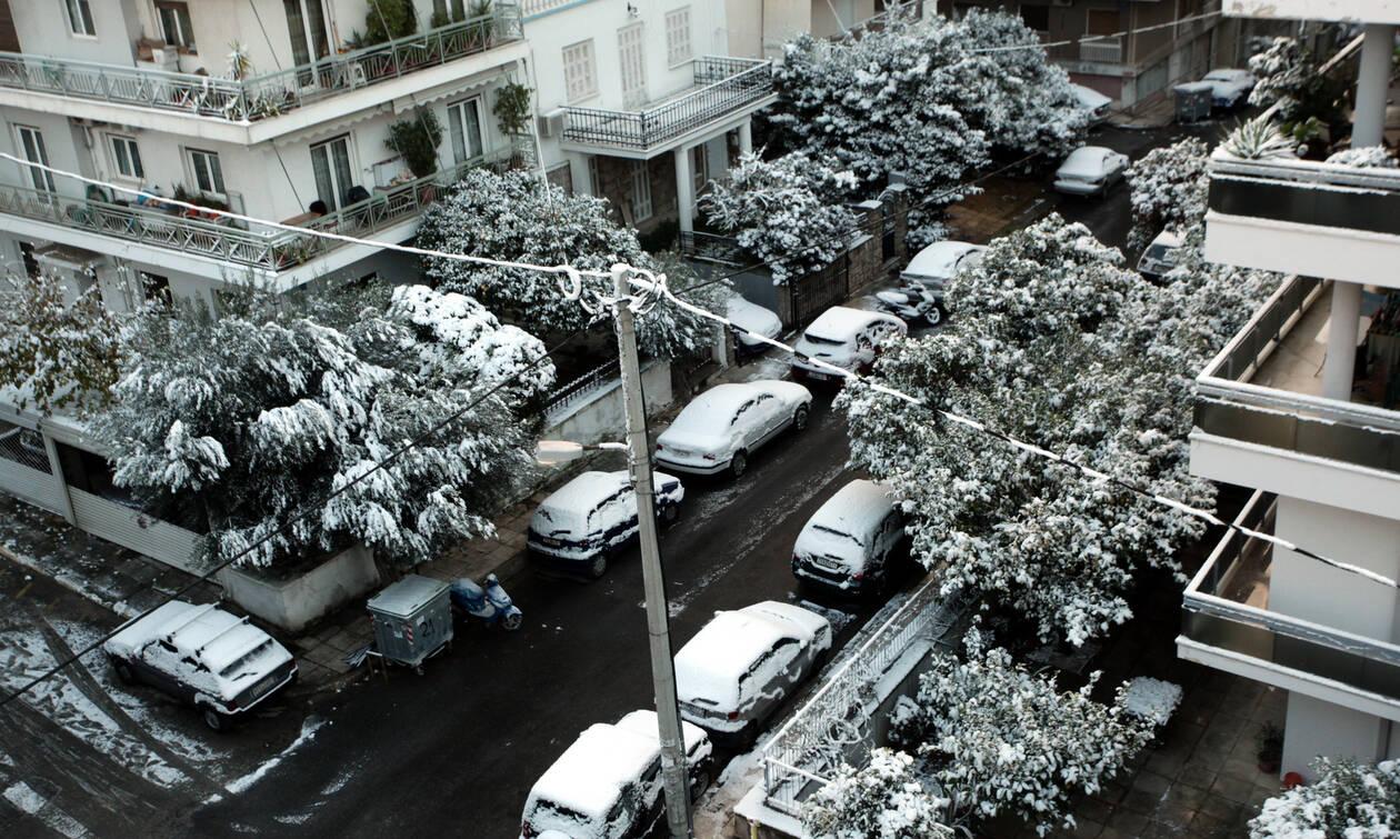 Καιρός - Αρνιακός στο Newsbomb.gr: Όλη η αλήθεια για το χιονιά - Τι λέει για την Αθήνα (pics)