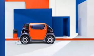 Το Citroen Ami One είναι ένα γαλλικό, ηλεκτρικό Smart που δεν απαιτεί δίπλωμα