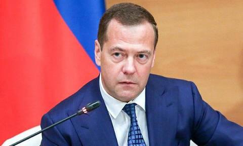 Медведев поручил Минфину расширить практику применения системы налогового мониторинга