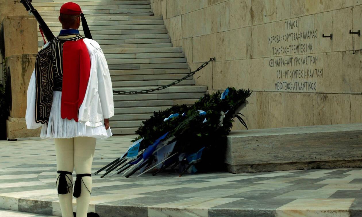 Θρήνος στην Προεδρική Φρουρά - Πέθανε εύζωνας