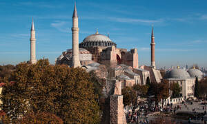 Σαν σήμερα το 532 μ.Χ. θεμελιώνεται ο ναός της Αγίας Σοφίας