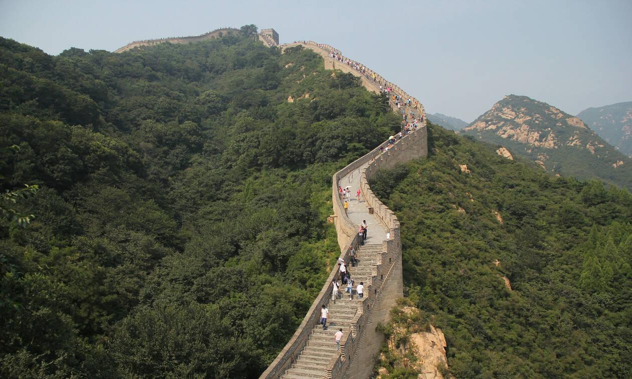 Τι κρύβεται πίσω από το Σινικό Τείχος: Οι πέντε λεπτομέρειες που δεν ξέρεις (pics)