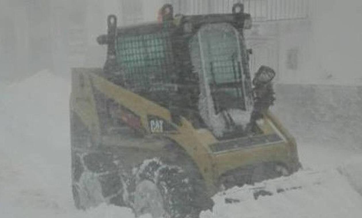 Κακοκαιρία: Σφοδρή χιονοθύελλα «χτύπησε» τη Σαμοθράκη (pics+vid)