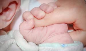Αερογέφυρα ζωής για βρέφος δέκα μηνών με σπάνιο γενετικό νόσημα