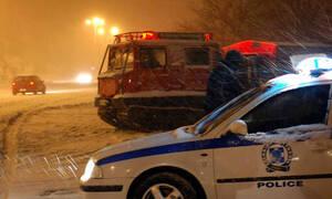 Απεγκλωβίστηκαν οι δύο οικογένειες στην Πάρνηθα