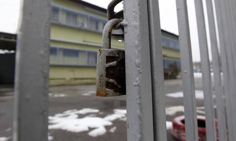 Κλειστά σχολεία και στην Αθήνα τη Δευτέρα (25/02) λόγω ψύχους