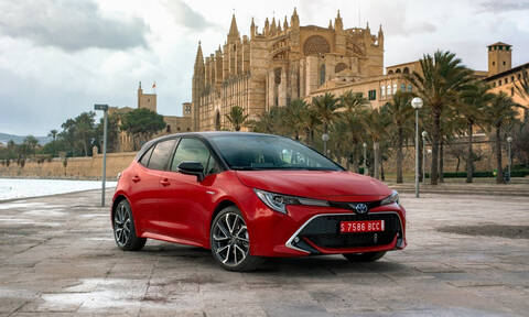 Είναι αυτή η καλύτερη Corolla στην 50χρονη ιστορία του best seller της Toyota;