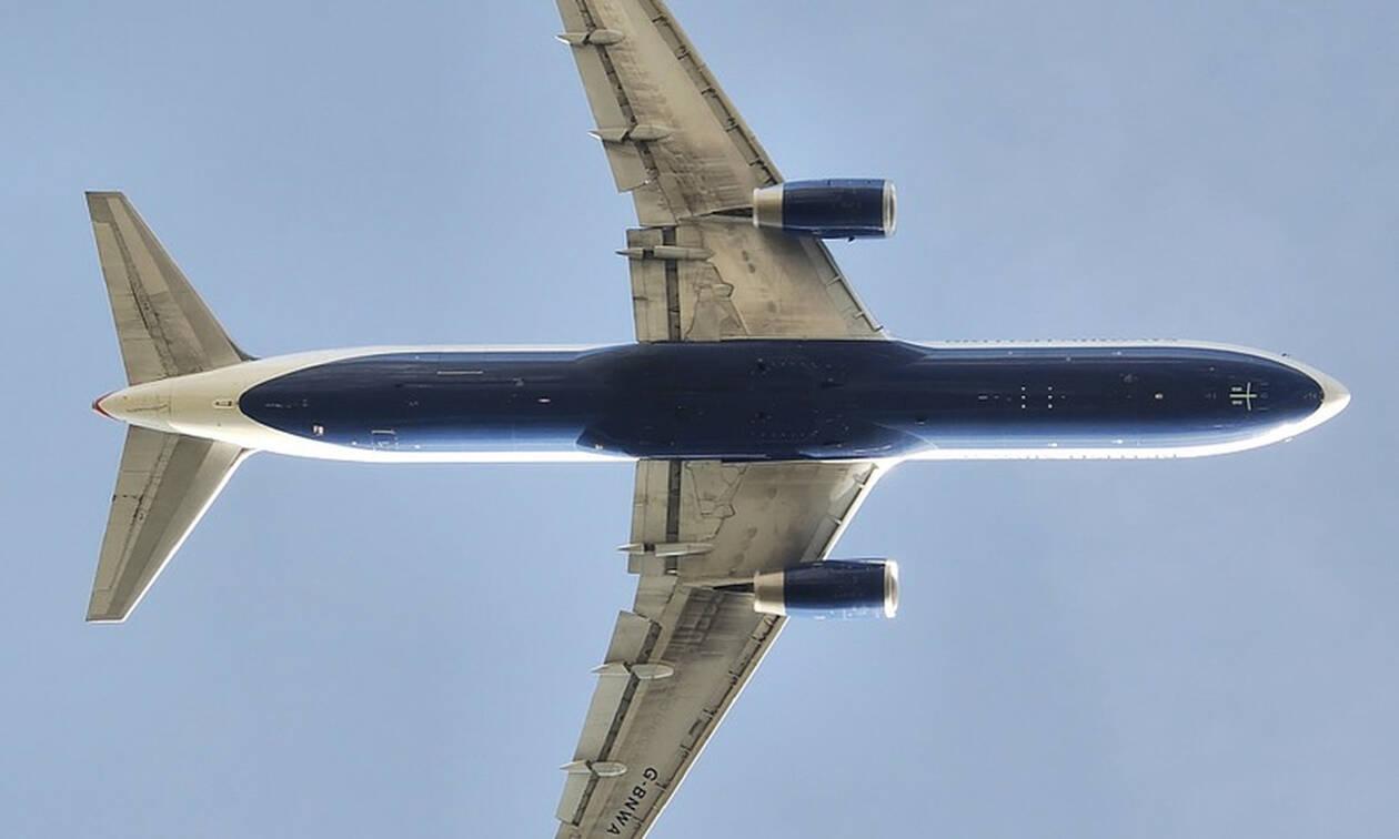 Ανασύρθηκαν δύο νεκροί από το μοιραίο Boeing 767 που συνετρίβη κοντά στο αεροδρόμιο του Χιούστον