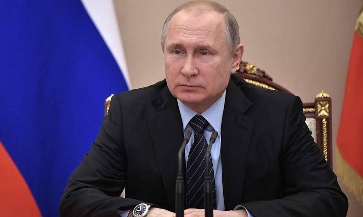 Путин поручил до 28 февраля подготовить законопроект о продлении амнистии капиталов