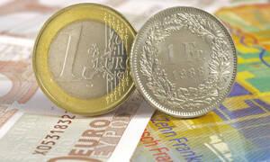 Στον «αέρα» 70.000 δανειολήπτες ελβετικού φράγκου - Μένουν εκτός ρύθμισης χρεών