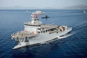 Συναγερμός στο Αιγαίο για την τουρκική αρμάδα - Σε επιφυλακή το Πολεμικό Ναυτικό