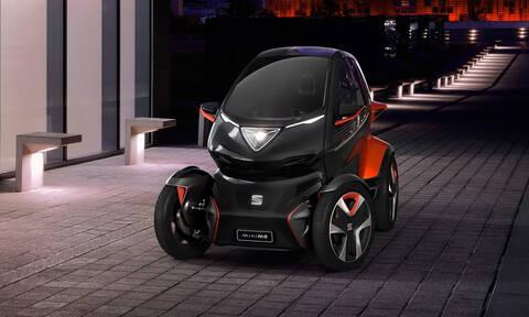To Seat Minimó θυμίζει μοτοσυκλέτα με την ευελιξία του και μπορεί να αλλάζει και τις μπαταρίες του