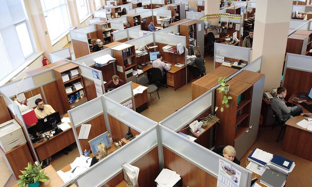 Αύξηση κατώτατου μισθού: Δείτε ΕΔΩ όλες τις αλλαγές για εργαζομένους και εργοδότες