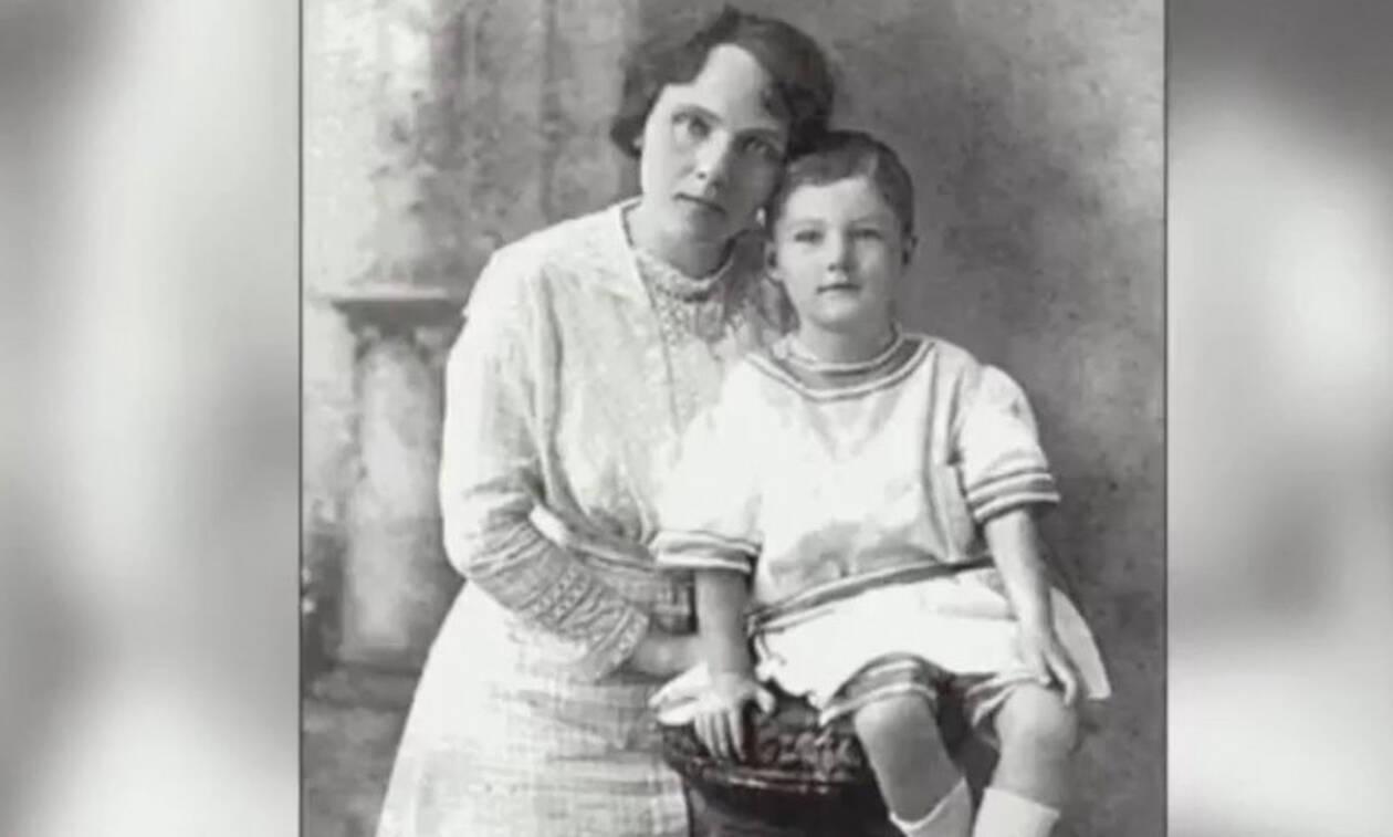 Πήραν τον 4χρονο γιο της - 100 χρόνια μετά ο εγγονός της αποκαλύπτει τη σοκαριστική αλήθεια (vid)