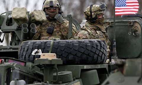 Δραματικές εξελίξεις: «Οι ΗΠΑ έτοιμες για στρατιωτική εισβολή στη Βενεζουέλα»