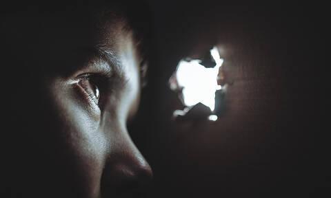 ΣΟΚ στο Ηράκλειο: Γιατρός κατηγορείται ότι κακοποιούσε σεξουαλικά τον γιο της συντρόφο του