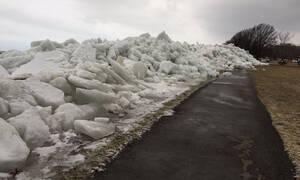 Απίστευτες εικόνες: Νέο συγκλονιστικό βίντεο από το «τσουνάμι» πάγου στον Νιαγάρα
