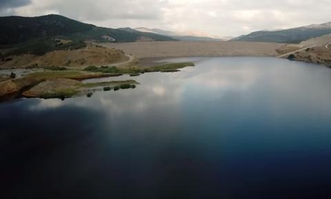 Ηράκλειο: Ξεκίνησε η υπερχείλιση στο Φράγμα Αποσελέμη