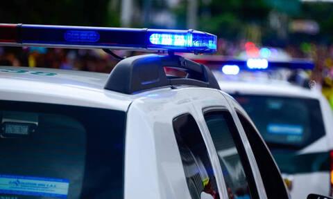 Η εκδίκηση απατημένης συζύγου: Έδεσαν γυμνό το παράνομο ζευγάρι σε δέντρο