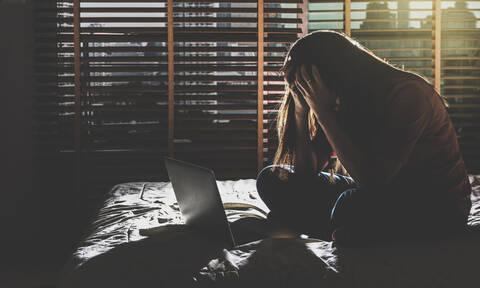 Γυναίκες & κατάθλιψη: Οι ώρες δουλειάς που αυξάνουν τον κίνδυνο