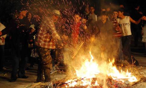 Τσικνοπέμπτη: Γιατί ψήνουμε σήμερα - Ήθη και έθιμα στην Ελλάδα