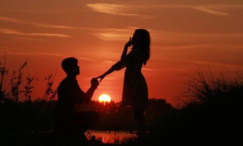 Της έκανε πρόταση γάμου: Αυτό που ακολούθησε τον στοιχειώνει μέχρι και σήμερα