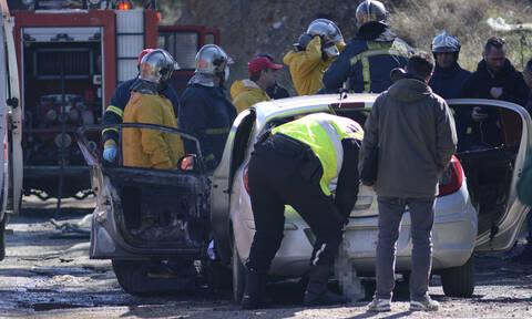 Θεσσαλονίκη: Αυτοπυρπολήθηκε επιχειρηματίας μέσα στο αυτοκίνητό του (pics&vids)