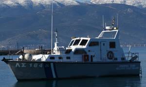 Ακυβέρνητο δεξεμανόπλοιο αγκυροβόλησε ανοιχτά της Μακρονήσου