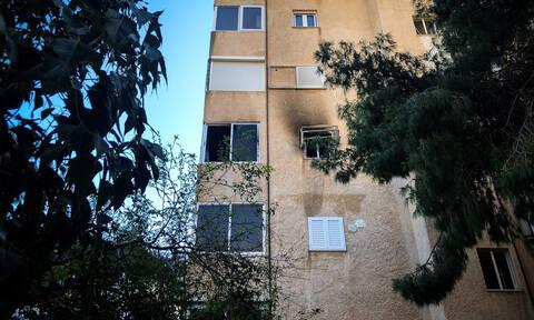 Βάρκιζα - Σοκάρει η μητέρα του βρέφους που κάηκε ζωντανό: Άφηνα αναμμένο το πιστολάκι στα πόδια του