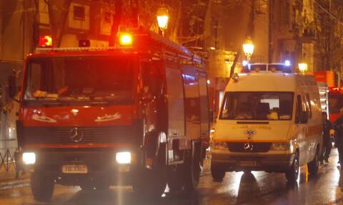 Φωτιά στο Βύρωνα: Στο νοσοκομείο ηλικιωμένος με αναπνευστικά προβλήματα