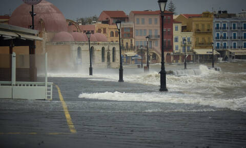 Τι συμβαίνει με τις βροχοπτώσεις; «Πνίγηκε» η Κρήτη, «έρημος» η Βόρεια Ελλάδα