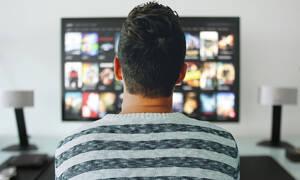 Προσοχή! Βλέπεις πάνω από 4 ώρες τηλεόραση; Κινδυνεύεις