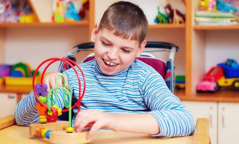 Νέο πρόβλημα με τις ειδικές θεραπείες: δύο παιδιατρικές ειδικότητες εκτός συστήματος του ΕΟΠΥΥ