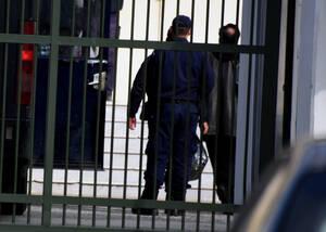 Κακουργηματικές διώξεις για τις παράμονες αποφυλακίσεις κρατούμενων με πλαστά ιατρικά πιστοποιητικά