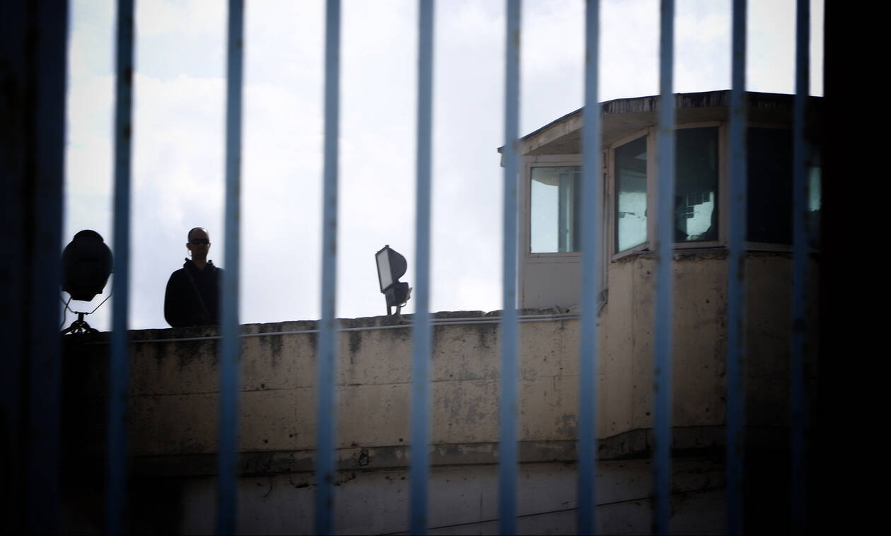 Θεσσαλονίκη: Στη φυλακή οικονομικός επιθεωρητής για «μίζες» και εκβιασμούς