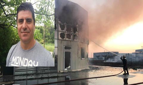 Θρήνος για το θάνατο του πυροσβέστη στη Θεσσαλονίκη: Η στιγμή που πιάνει φωτιά το εργοστάσιο (vid)