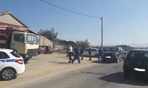 Τραγωδία στο Αγρίνιο: Ηλικιωμένος καταπλακώθηκε από τσιμεντόλιθους σε αποθήκη (pics)