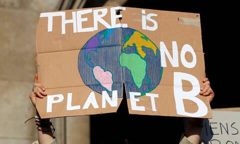 Γαλλία: Οι νέοι διαδηλώνουν και πάλι για το κλίμα