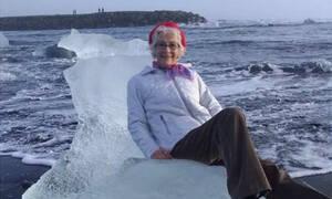 Απίστευτες φωτογραφίες: «SOS, χάσαμε τη γιαγιά, την πήρε το κύμα πάνω σε ένα κομμάτι πάγου» (Pics)
