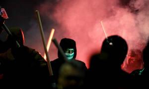 «Μαύρο» Σάββατο στον ελληνικό αθλητισμό: Άγριο ξύλο σε Νίκαια και Αιγάλεω, μαχαίρια στο Παπαστράτειο