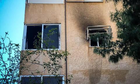 Νέες αποκαλύψεις για την τραγωδία στη Βάρκιζα: Στον ανακριτή η μητέρα του μωρού που απανθρακώθηκε