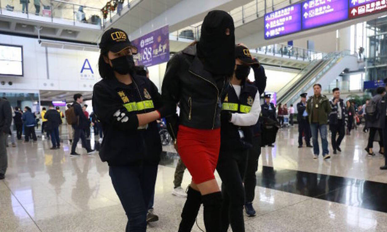 Αποκαλυπτικές φωτογραφίες του μοντέλου με την κοκαΐνη πριν από τη σύλληψή του στο Χονγκ Κονγκ
