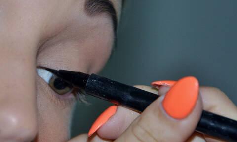 Φοράτε φακούς επαφής; Τι πρέπει να προσέξετε στο μακιγιάζ σας