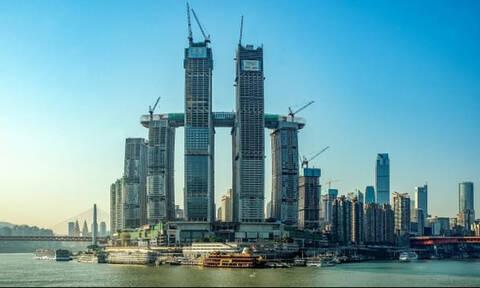 Ο... οριζόντιος ουρανοξύστης στην Κίνα!
