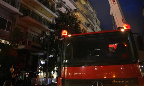Φωτιά στην Αττική: Στις φλόγες διαμέρισμα στα Βριλήσσια
