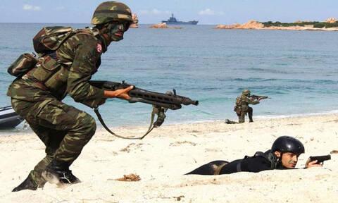Συναγερμός στις Ένοπλες Δυνάμεις: Πρόβα των Τούρκων για απόβαση σε νησί του Αιγαίου