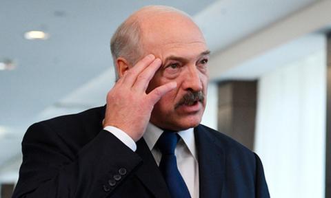 Лукашенко посетовал на фейковые новости в российских СМИ