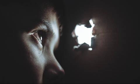 Βόλος: Πα-τέρας ασελγούσε στην 12χρονη κόρη του